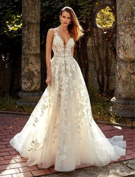 Elegant White Halter High Neck Wedding Dress Cheap Ball Gowns Backless  Tulle Crystal Bodice Sweep Train Garden Country Style Wedding Gown Wedding  Dress