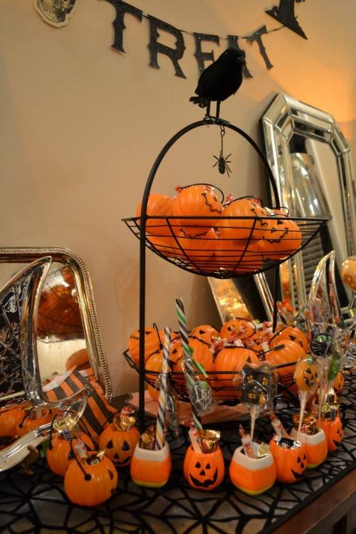 looking creepy with the help of some spooky outdoor Halloween  decorations, now you need some ghoulish adult Halloween party ideas for  inside your home