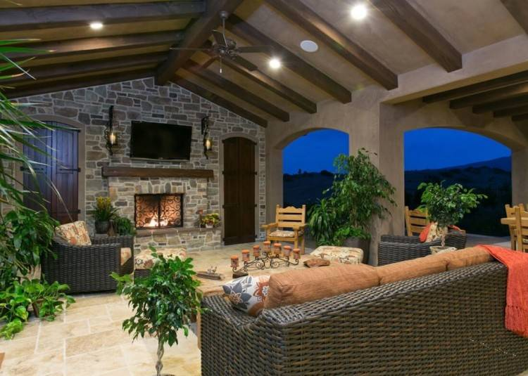 Outdoor living spaces give you an immense number of opportunities to  redecorate, remodel and build year in year out, in order to create the  perfect living