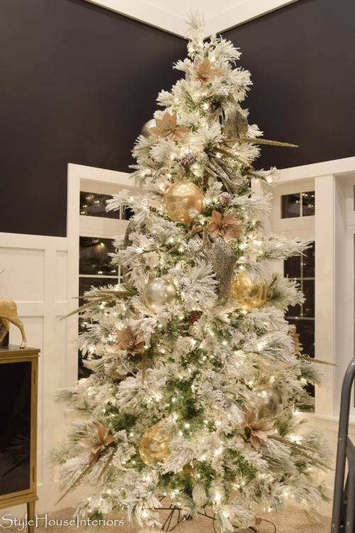 Beautiful Christmas decorations for your  home