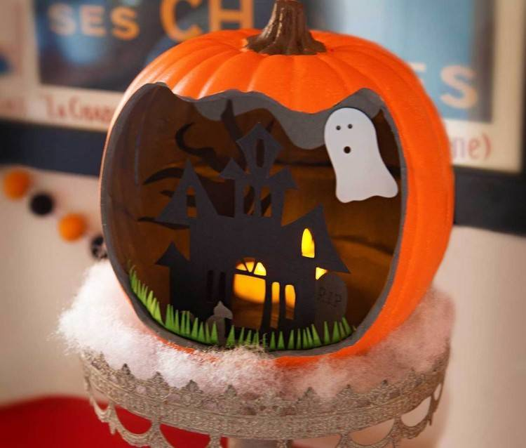 So go get your pumpkin carving tools and let's see what this year's  Halloween décor could look like
