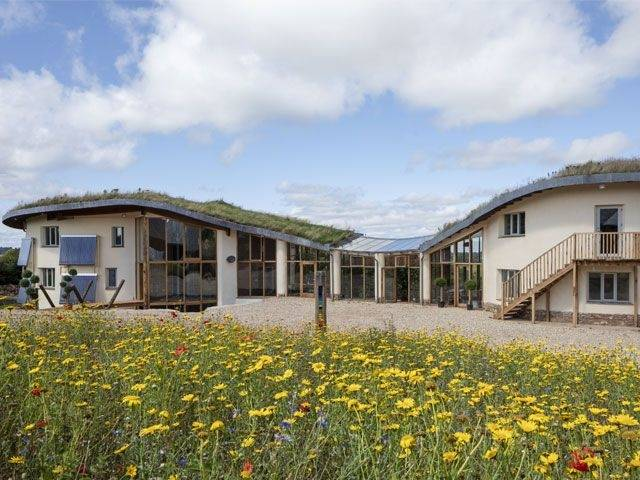 Grand Designs: House of the Year 2017 Transmission card