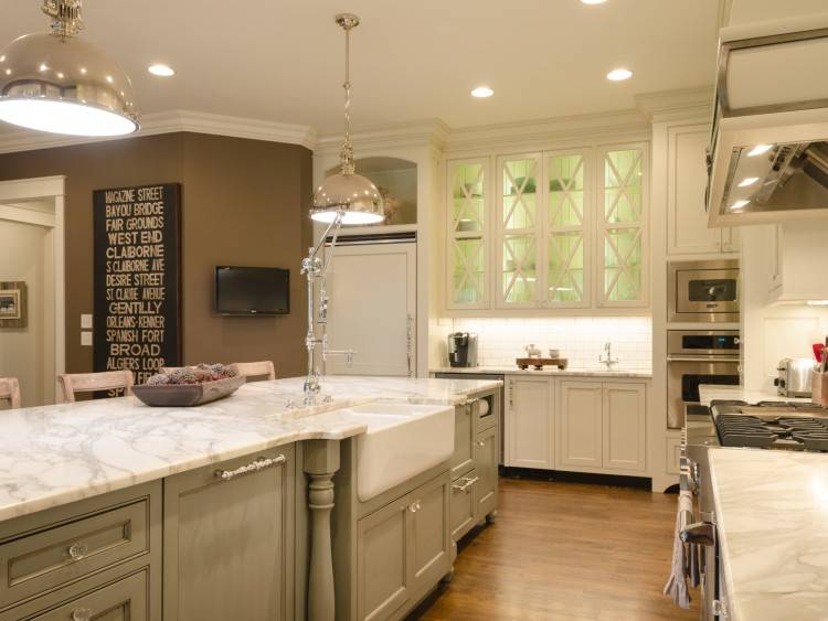 See small kitchens and get small kitchen design ideas from cabinets to  countertops, appliances, sinks, backsplashes, storage and more