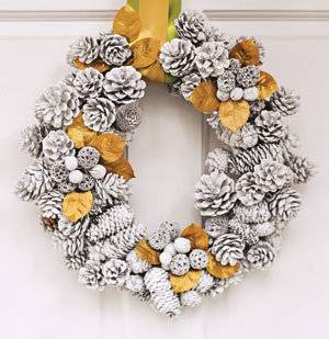 Personalize your fall wreath with a monogram