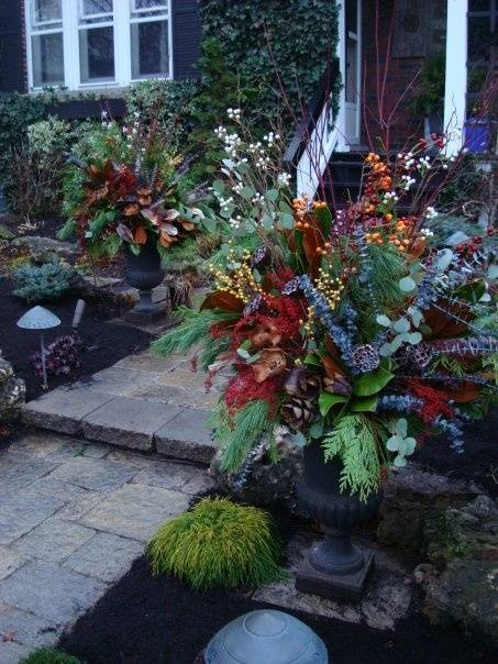 decorating outdoor pots for christmas decorating ideas for outdoor urns com ideas  decorating outdoor pots christmas