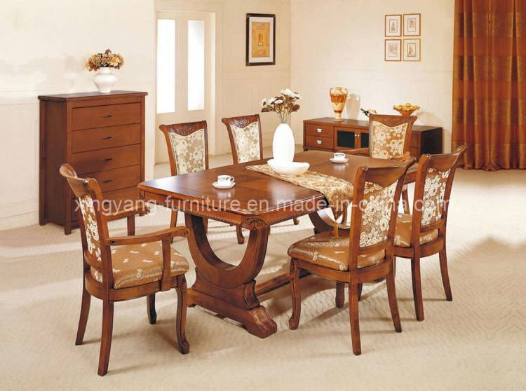 6 Seat Dining Room Table and Chairs $110 O