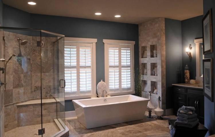 Tiny bathtub and wallpapered wall for the small Victorian bathroom [ Design: Aaron Gordon Construction