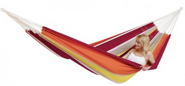 At RST Brands, our hammocks are made with only the finest quilted fabric,  allowing you to once again enjoy your outdoor living space with the premium