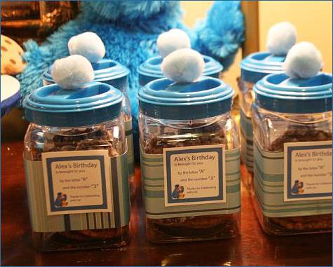 Color: Cookie Monster Sesame  Street 1st Birthday Party Supplies and Balloon Decorations