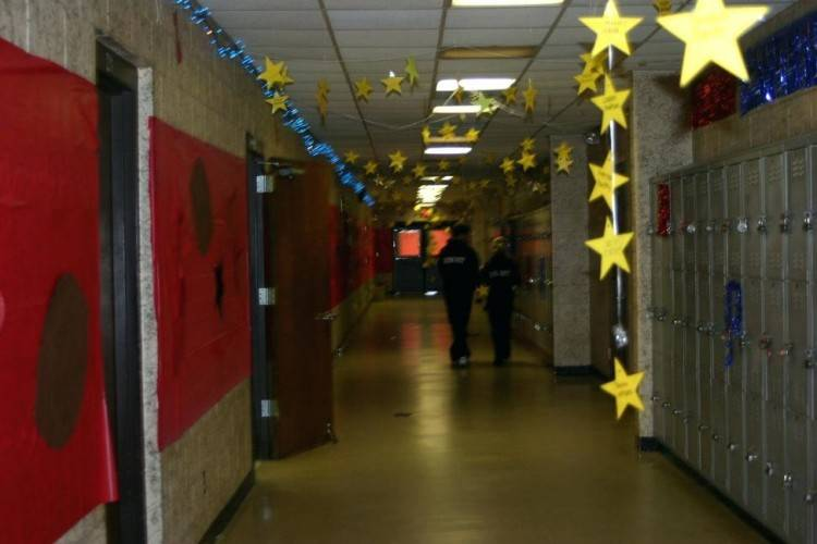 Homecoming Hallway Decorating Ideas High School Homecoming Hall Hall  Decorating Ideas 200 x 150