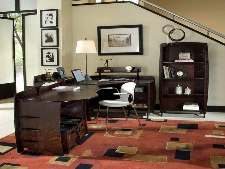 Here's how you make your home office as charming as possible