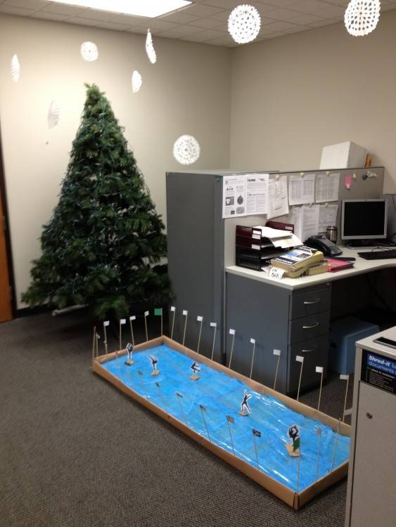 simple cubicle decorating ideas house design and office christmas decoration