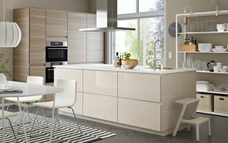 Take a look at Howdens for kitchen ideas and