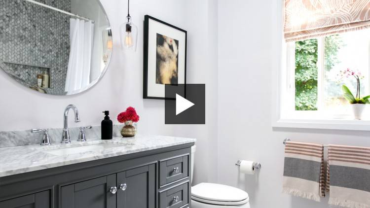 Relaxed Traditional Bathroom Design
