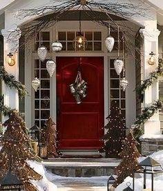 Outdoor Christmas Decorating Ideas Interior Design Styles And Lighting  Trends For Your Homes Exterior Magazine Pretty