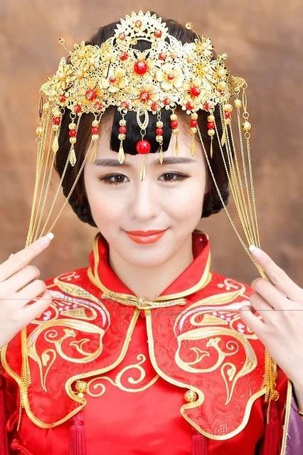 2018 New Chinese Bride Headdress Costume Tassel Hair Coronet Brides Jewelry  Brides With Veils From Yqlpearls999, $32