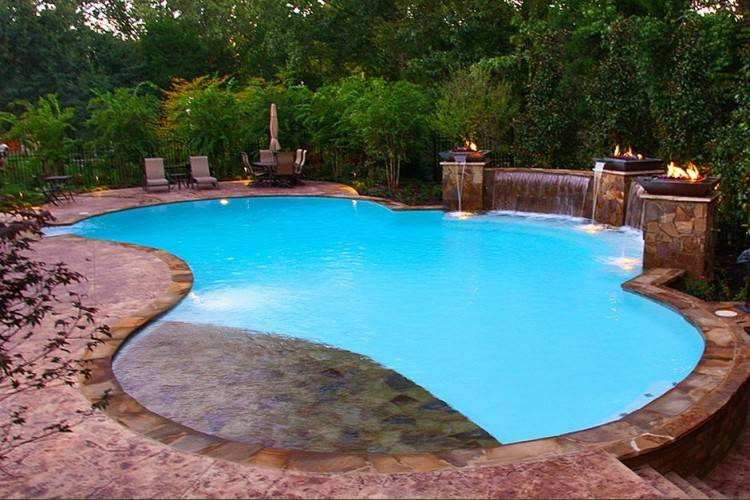 is best swimming pool repair and construction in Memphis