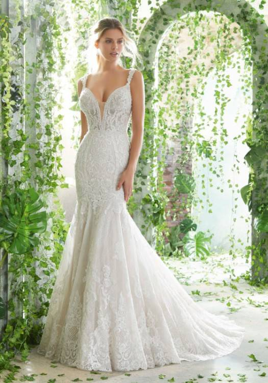 Stunning Wedding Dresses Plus Size Toronto 25 For wedding hairstyle  updo with veil with Wedding Dresses