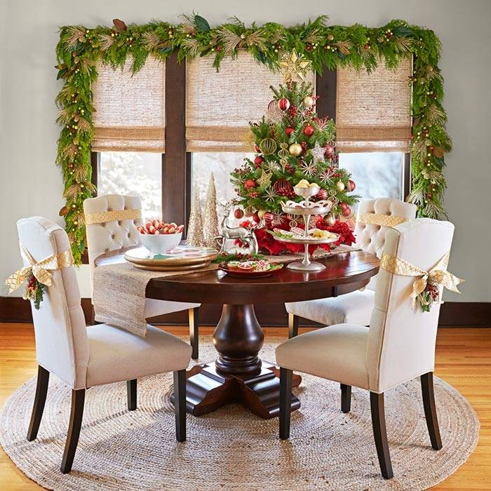 Stunning dining room decked out for Christmas [Design: SAJ Designs]