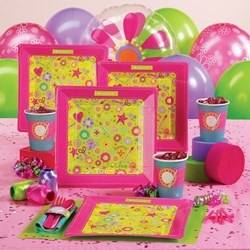 Ideas of cute and easy to make decorations for  an American Girl