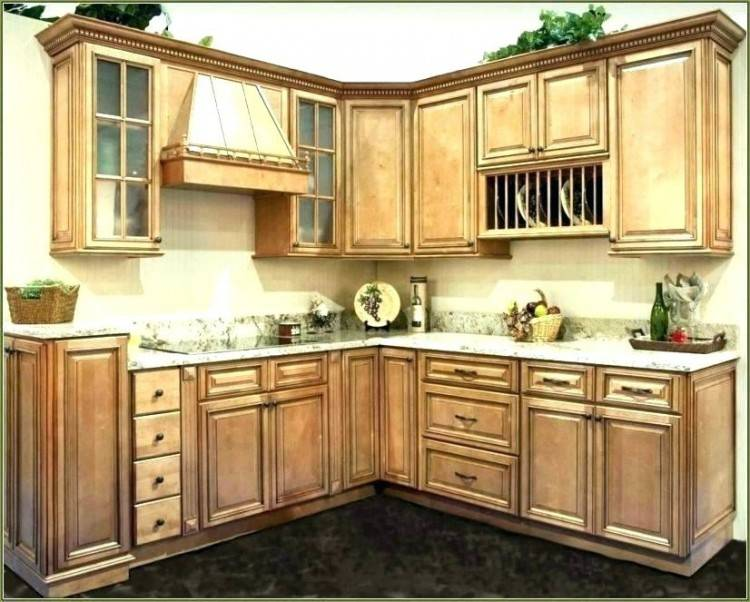 kitchen crown molding ideas kitchen crown molding ideas kitchen with crown  molding kitchen cabinet molding and