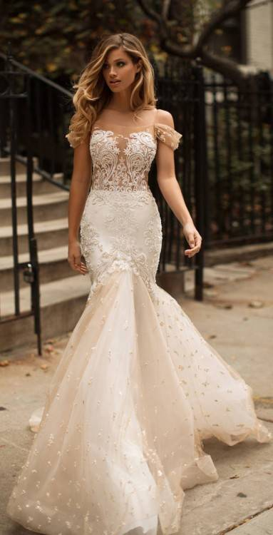 Half Sleeve Scalloped Neckline Lace Mermaid Dress