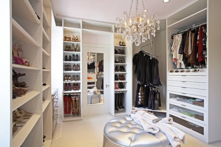 With a mission to create wardrobe and storage spaces that balance  functionality with aesthetics Lisa Adams founded LA Closet Design