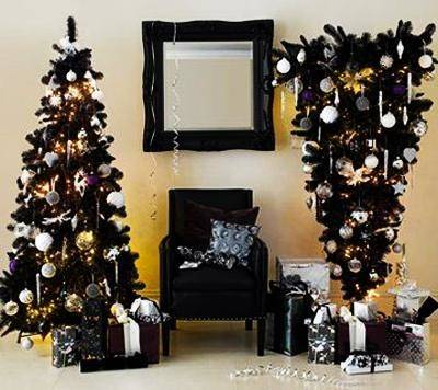 See 15 amazing Christmas  trees on www
