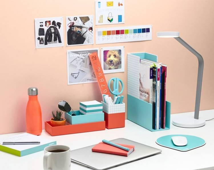 Full Size of Easy Office Desk Decorating Ideas Halloween Simple Decor  Decorate Cube Work Agreeable Decorat