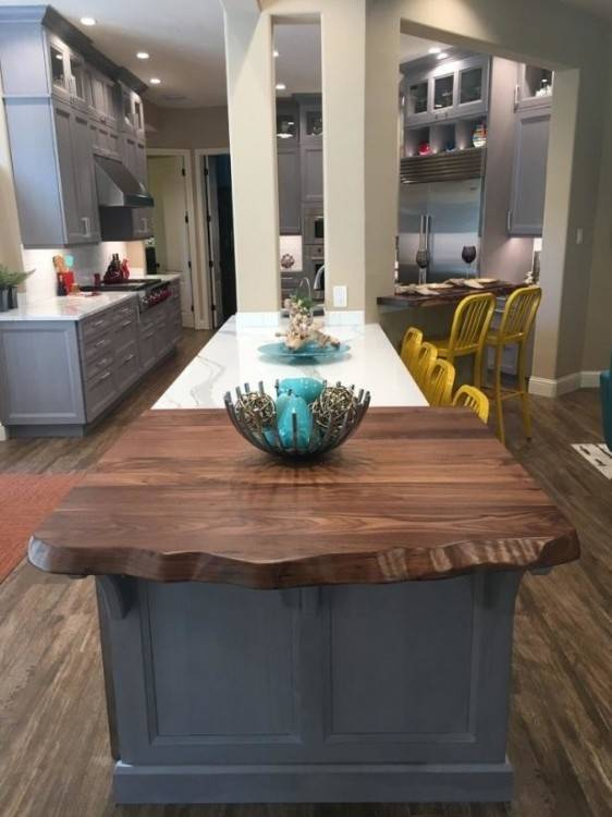 To view a full listing of products, design options and finishes please  visit Wellborn Cabinets online