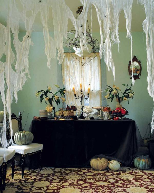 Great Gothic Halloween Decorations 17 Gothic Halloween Decorating Ideas To  Inspire You