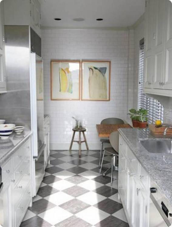 This looks a  little like what I envision for the shape and size of our kitchen