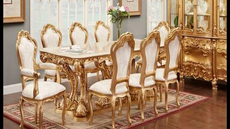 Image 4 : NEW ASHLEY FURNITURE FLOOR MODEL CARVED DINING TABLE WITH 6  ULPHOSTERED CHAIRS RETAIL