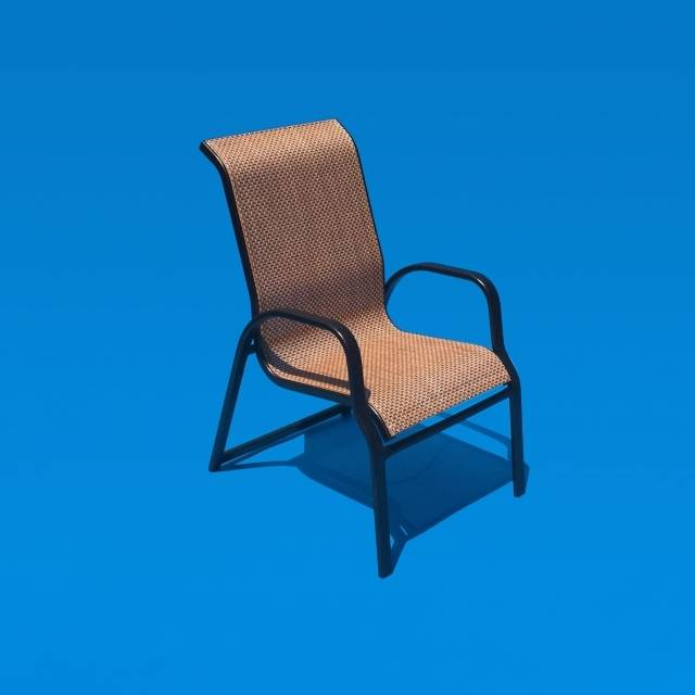 Inspired by nature, Prestige outdoor furniture is made of aluminum