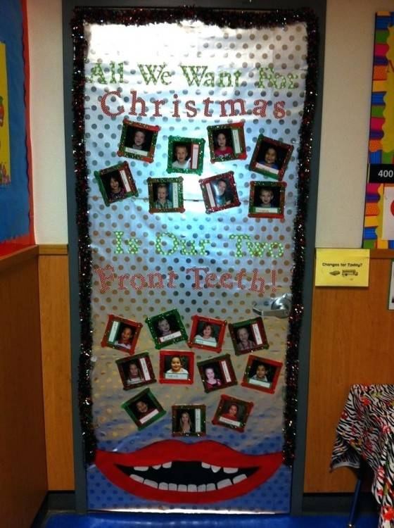 Christmas door decorations – ideas for the front and interior doors