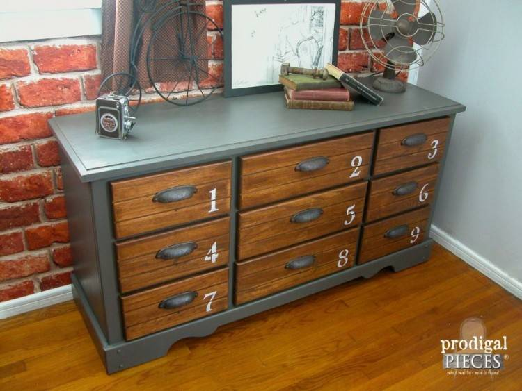 Buy Mayville Queen 5pc Cherry Bedroom Set Dallas, Tx from Furniture Nation  at $819