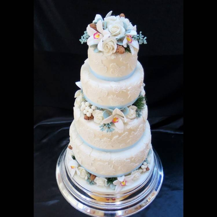 butterfly wedding decorations romantic butterfly wedding cake
