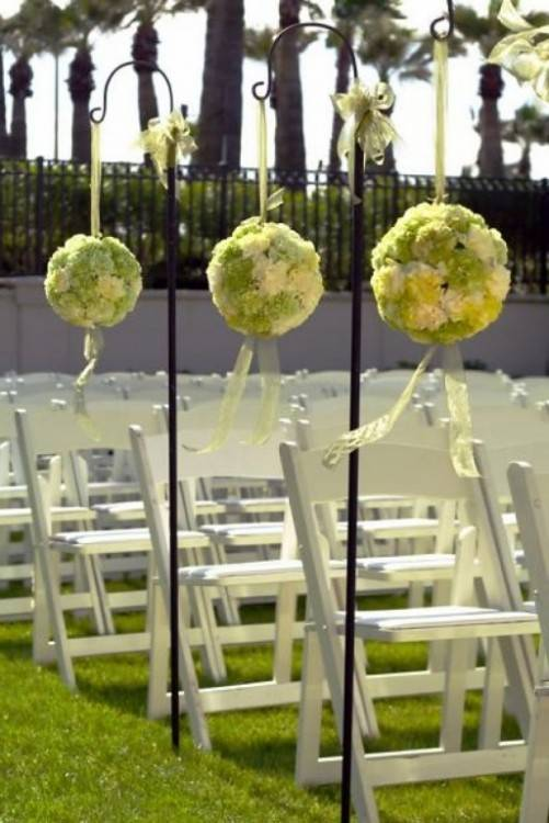 These next few ideas could work well at an indoors or outdoors wedding