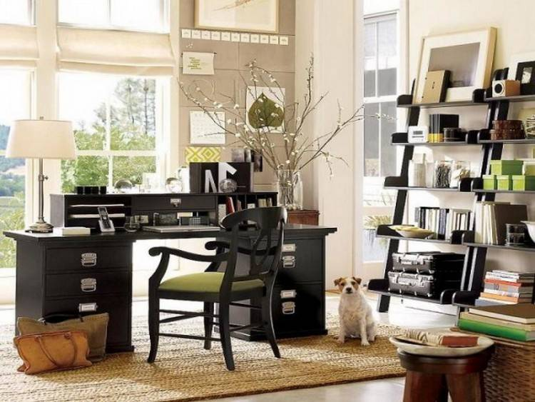 Creatively  organized home office boosts