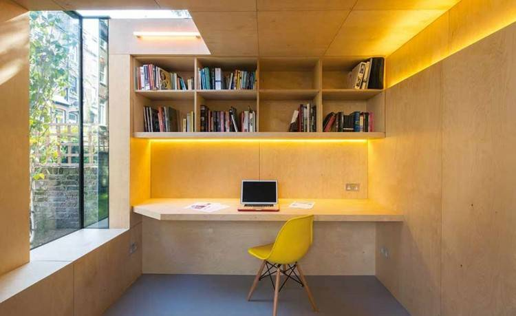 Small Home Office Space on One Wall
