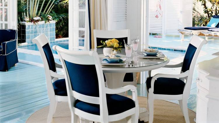 large Sommerford Dining Room Chair, , rollover