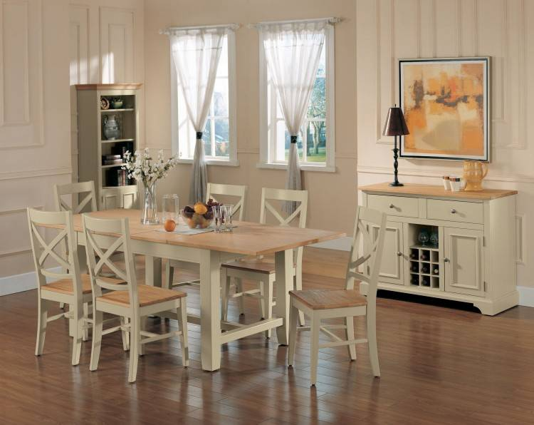 dining room in french ethan allen country
