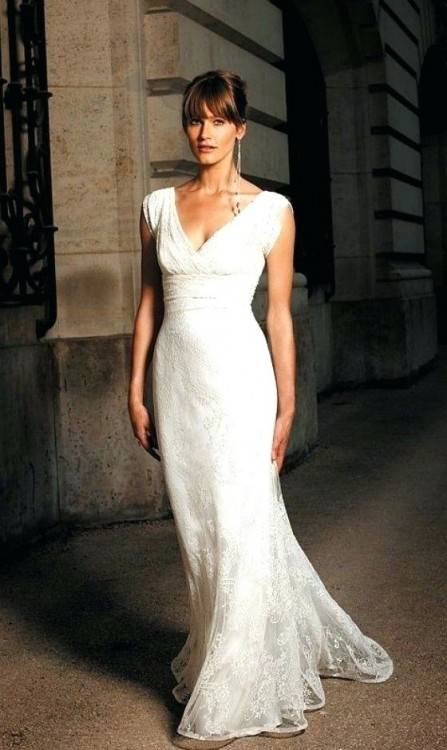 Simple Elegant High Low Wedding Dress for Older Brides Over 40, 50, 60, 70