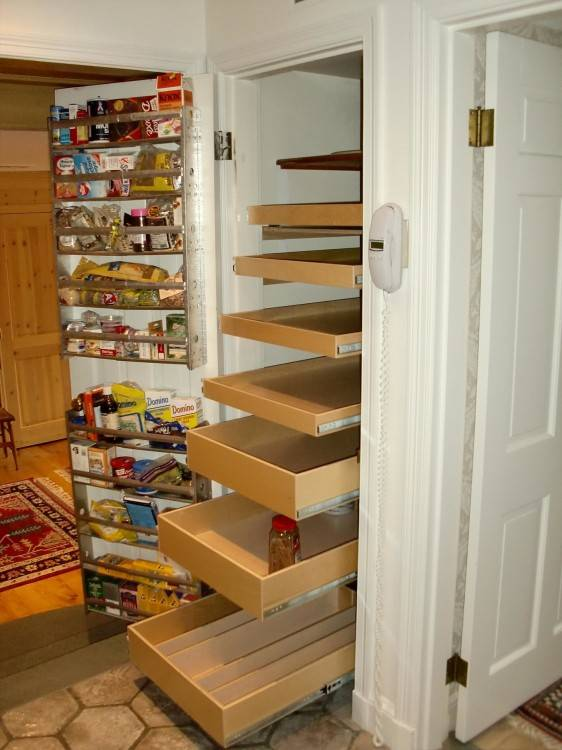 Fetching Pictures Of Various Closet Storage For Your Inspiration :  Simple And Neat Small Walk In