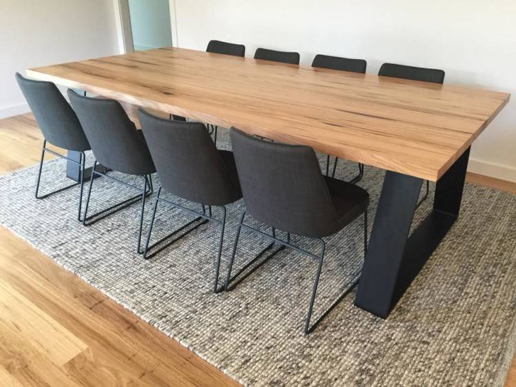 Lodge Barnwood Artisan Table with 4 Wooden Side Chairs