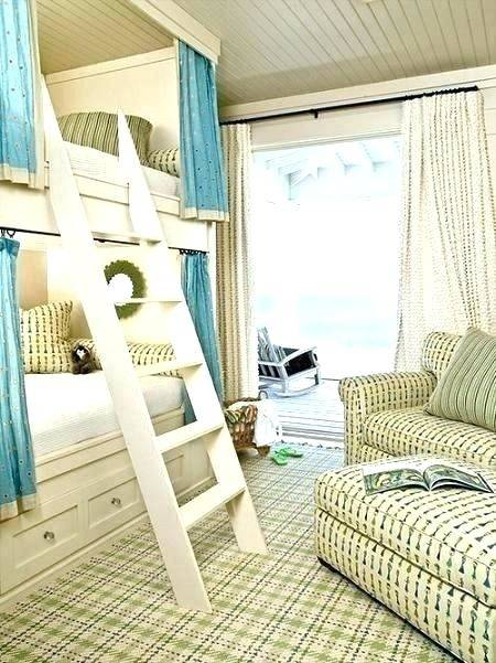 Rustic Lake House Decorating Ideas | The house provides a range of romantic  pursuits and scenery