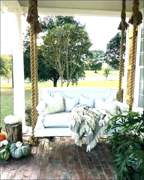 This farmhouse outdoor garden tour is amazing